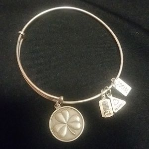 Wind & Fire Jewelry - Wind & Fire charm bracelet
